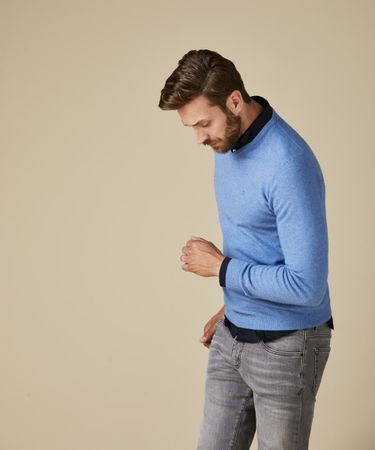 PULLOVER V-NECK LT BLUE