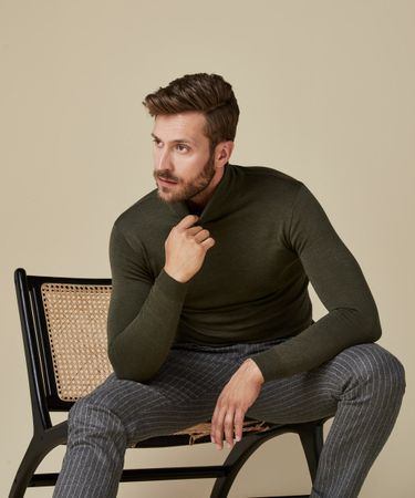PULLOVER ROLL NECK GREEN